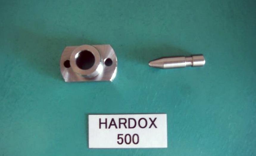 HARDOX500 位置決めピンとブッシュ