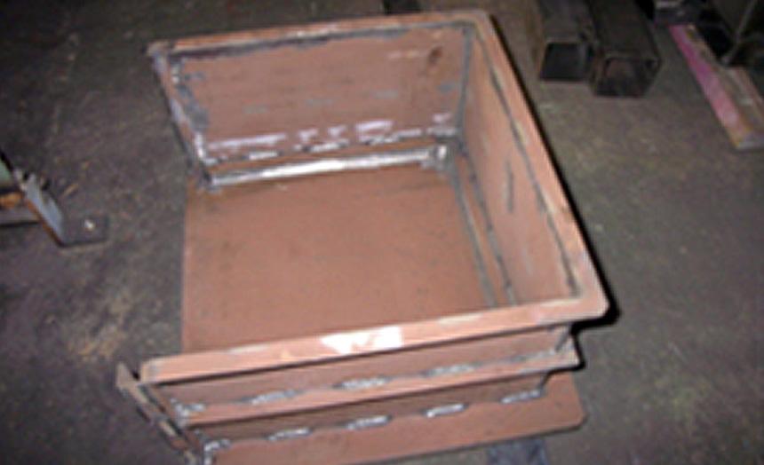 HARDOX450 ウィンチハンマー受け箱