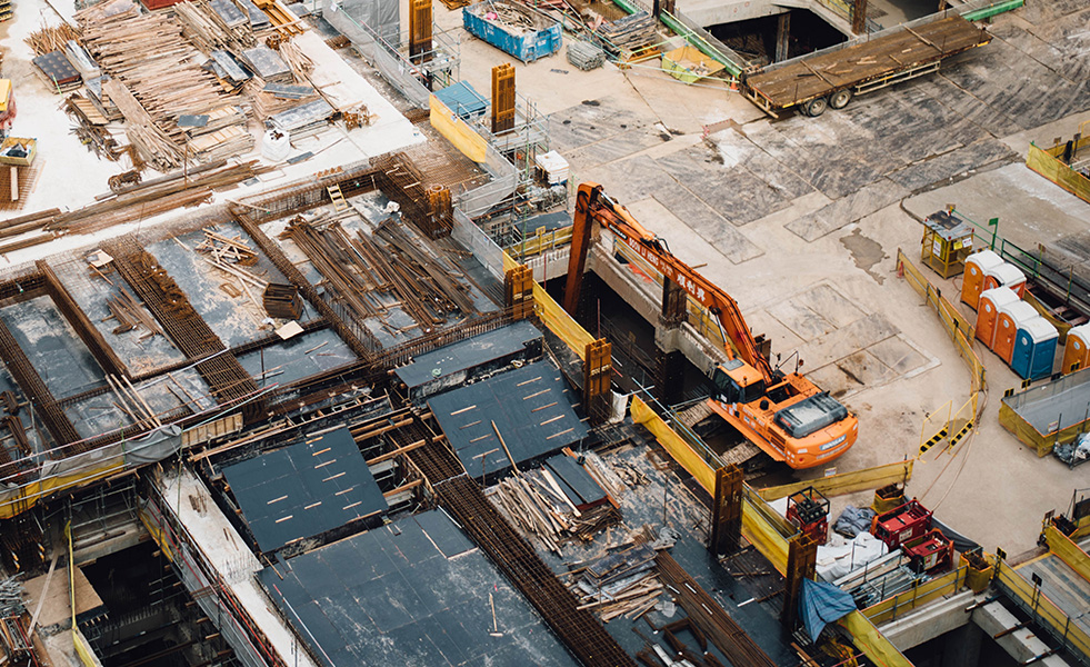 建設機械業界